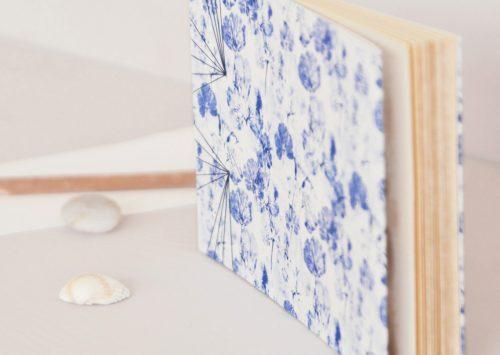 Carnet japonais - motif de feuilles d'ancolie sauvage • Carnet japonais relié à la main / Papeterie naturelle créée dans le sud-ouest par 23janvier