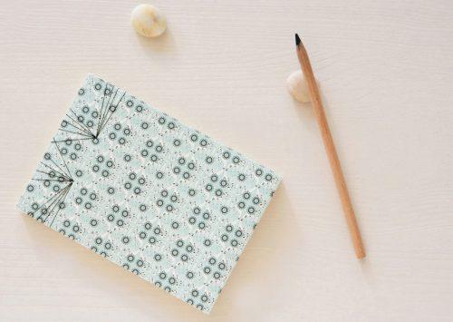 Carnet japonais motif Budapest - papeterie fabriquée dans le sud-ouest • Carnet relié à la main, illustré d'un motif graphique → e-shop 23janvier