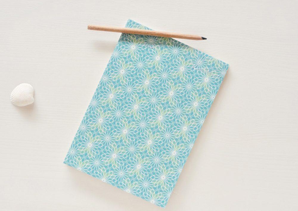 """Carnet japonais illustré du motif floral """"Lotus"""" - carnet japonais créé et fabriqué dans le sud-ouest de la France → e-shop 23janvier"""